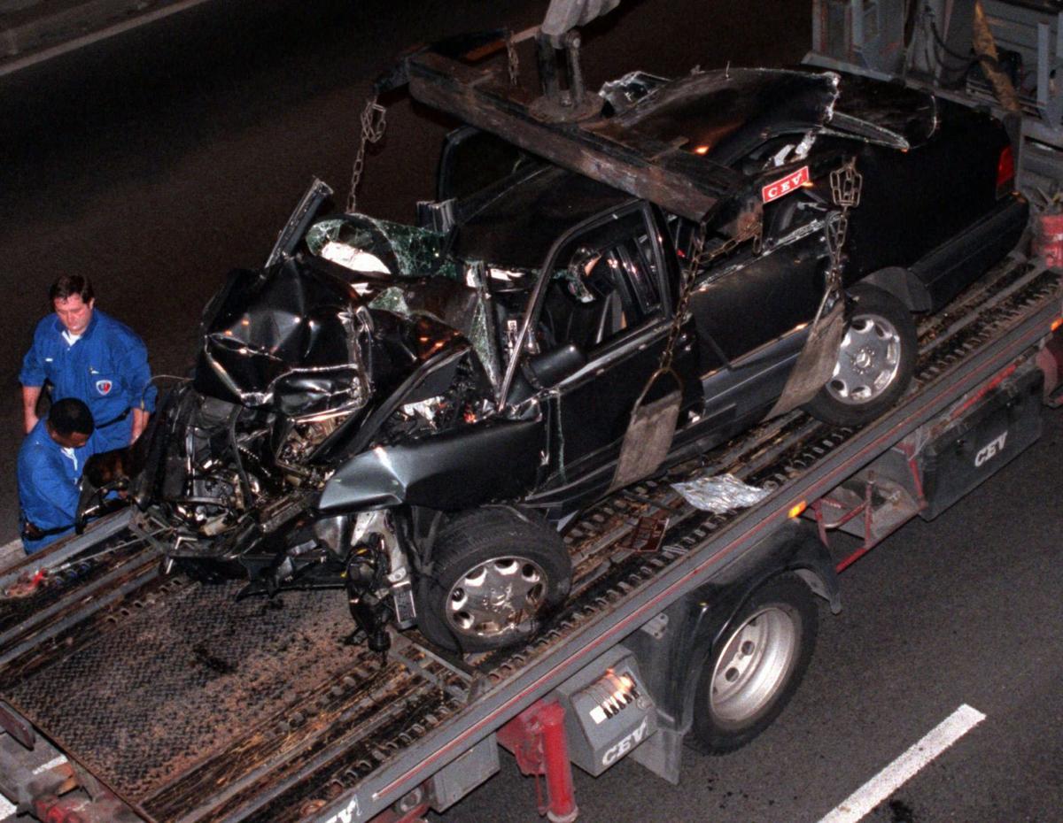 Важность ремней безопасности в автомобиле на примере трагедии с принцессой Дианой